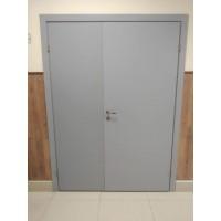 Дверь Распашная гладкая СЕРАЯ Крашенная Олови с притвором RAL 7040 двустворчатая
