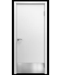 Дверь гладкая влагостойкая Аква белая с отбойной пластиной h200 мм